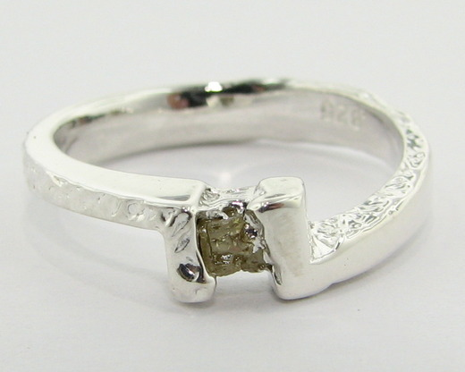 Unpolished Diamond Ring Clasps a rough diamond lowUnpolished Diamond Ring